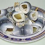 http://de.wikipedia.org/wiki/Bild:Rollmops_02.jpg