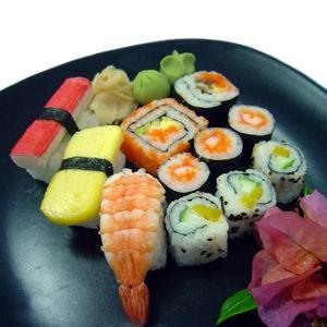 il sushi piatto tipico giapponese