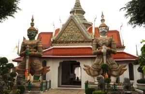 entrata wat pho bangkok