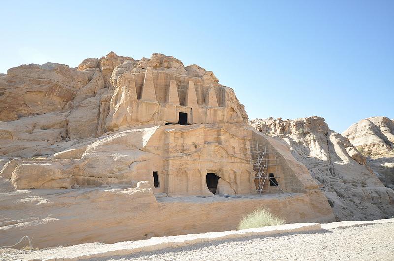 La tomba dell'obelisco e il triclinio di bab as siq